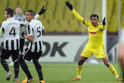 «Анжи» и «Ньюкасл» сыграли вничью в 1/8 финала Лиги Европы