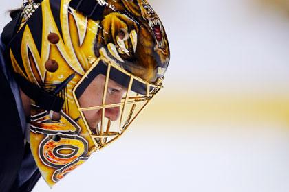 Российского вратаря признали третьей звездой дня в НХЛ