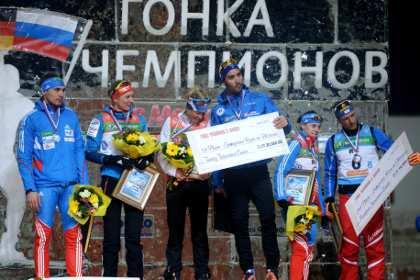 Российские биатлонисты завоевали золото, серебро и бронзу в «Гонке чемпионов»