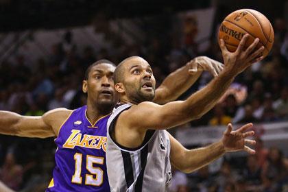 «Лейкерс» проиграли второй матч в плей-офф НБА
