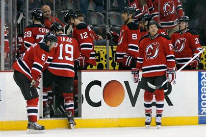Команда Ковальчука лишилась шансов на выход в плей-офф НХЛ