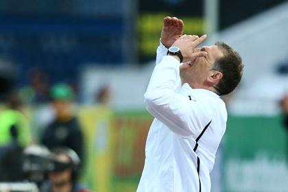 Президенту и тренеру футбольного «Локомотива» простили неудачный сезон