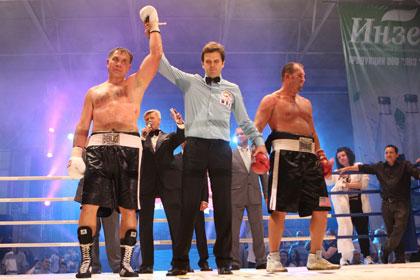 Олег Маскаев выиграл 38-й бой в карьере