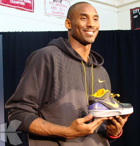 Баскетбольные кроссовки не предназначены для модной тусовки