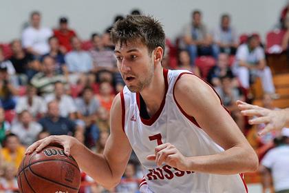 Сын тренера сборной России заключил контракт с клубом НБА