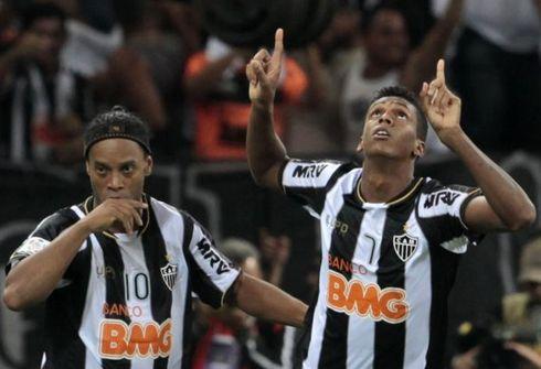 Кубок Либертадорес: «Большой шлем» Роналдинью
