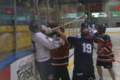 Матч по лакроссу в Канаде перешел в массовую драку