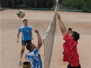 В Лопатинском саду прошел первый волейбольный турнир