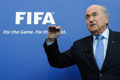 Блаттер одобрил проведение матчей Евро-2020 в России
