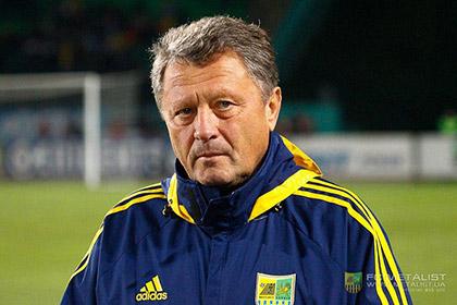 Украинскому тренеру сломали нос во время игры в футбол