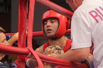Боксер Михаил Алоян стал двукратным чемпионом мира