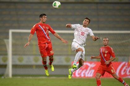 Встреча футбольных сборных России и Сербии завершилась ничьей