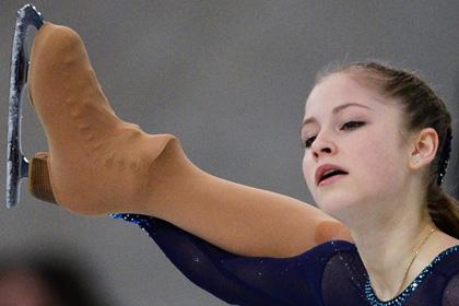 Российская фигуристка выиграла короткую программу на московском этапе Гран-при