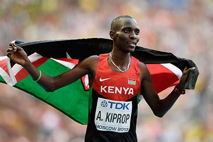 Олимпийский чемпион по легкой атлетике попал в ДТП