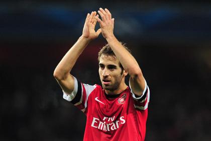 Венгер раскритиковал игрока «Арсенала» за футболку с короткими рукавами