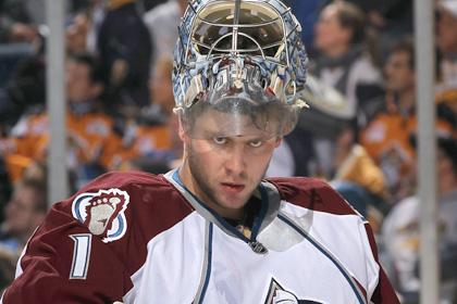Варламов пропустил пять шайб в матче НХЛ
