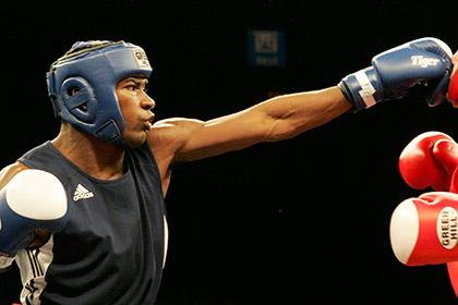 Кубинский боксер напал на коллегу с мачете