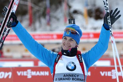 Российская биатлонистка выиграла серебро на этапе Кубка мира