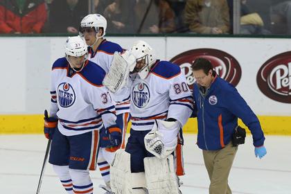 Брызгалов получил травму во время матча НХЛ
