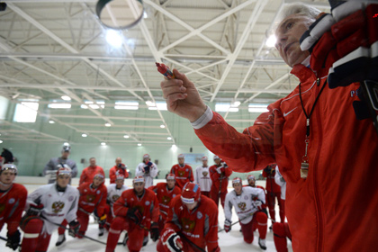 Билялетдинов выбрал вратаря на стартовый матч Кубка Первого канала