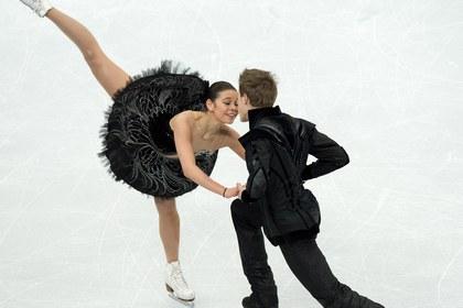 Российские фигуристы уступили итальянцам в коротком танце в Будапеште