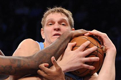 Мозгова удалили с площадки в матче НБА