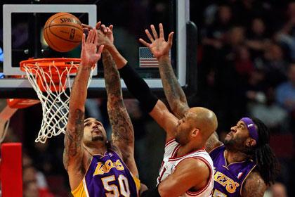 Бросок с сиреной в овертайме решил исход матча НБА
