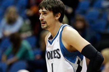 Россиянину сломали нос в матче НБА