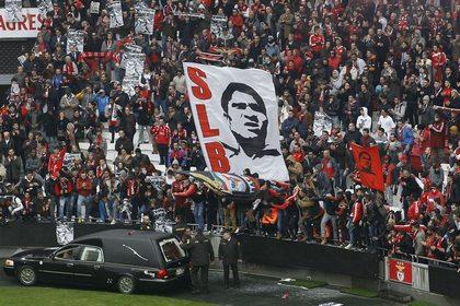 В Лиссабоне похоронили футболиста Эйсебио