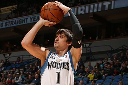 Алексей Швед набрал 11 очков в матче НБА