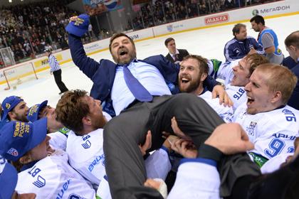 «Динамо» согласилось отпустить своего тренера в сборную России по хоккею