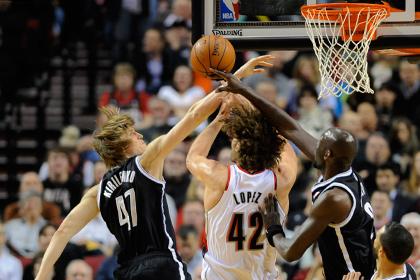 Команда Кириленко проиграла матч НБА с разницей в 44 очка