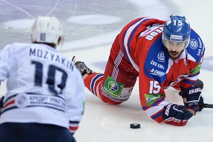 «Металлург» сравнял счет в финальной серии Кубка Гагарина со «Львом»
