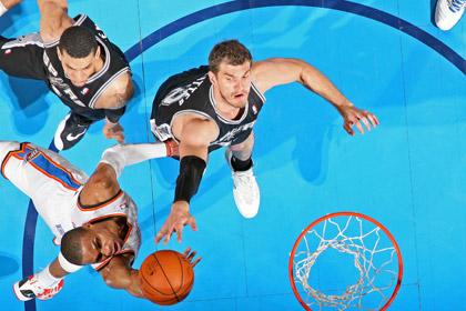 «Сан-Антонио» прервал 19-матчевую победную серию в НБА