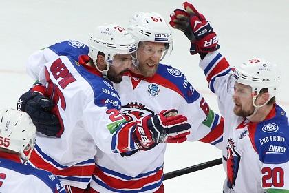 «Лев» переиграл «Локомотив» в третьем матче полуфинальной серии Кубка Гагарина