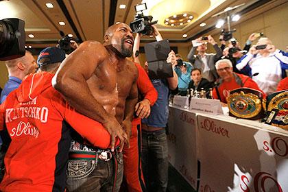 Бриггс ворвался на пресс-конференцию Кличко и вызвал его на бой