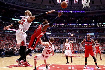 «Чикаго» проиграл второй матч плей-офф НБА подряд