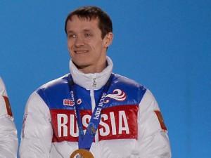 Олимпийскому чемпиону Руслану Захарову подарят квартиру в Смоленске