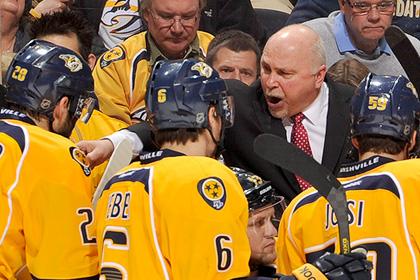 Тренера клуба НХЛ уволили после 16 лет работы