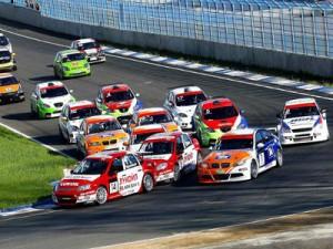 На «Смоленском кольце» стартует Российская серия кольцевых гонок