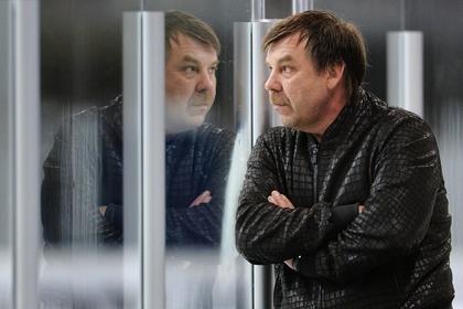 Сборная России по хоккею заступилась за своего тренера