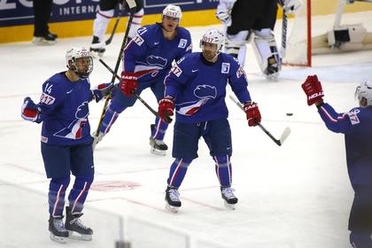 Канада проиграла Франции в первом матче на чемпионате мира по хоккею
