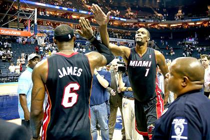 «Майами Хит» первым вышел в 1/4 финала плей-офф НБА