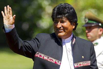 Президент Боливии стал профессиональным футболистом