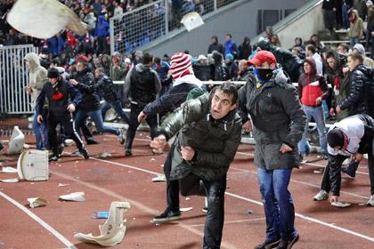 Вывесившего свастику на матче «Спартака» болельщика оправдали в суде