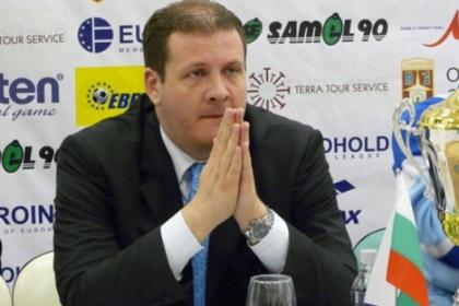 Тренер румынского баскетбольного клуба уволился в день назначения