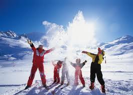 Горнолыжное приключение в захватывающих зимних горах
