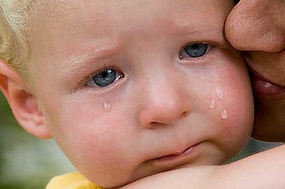 Почему плачет младенец?