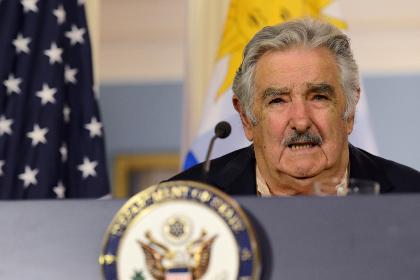 Президент Уругвая призвал отправить Суареса к психиатру