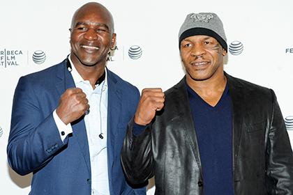 Тайсон введет Холифилда в боксерский Зал cлавы